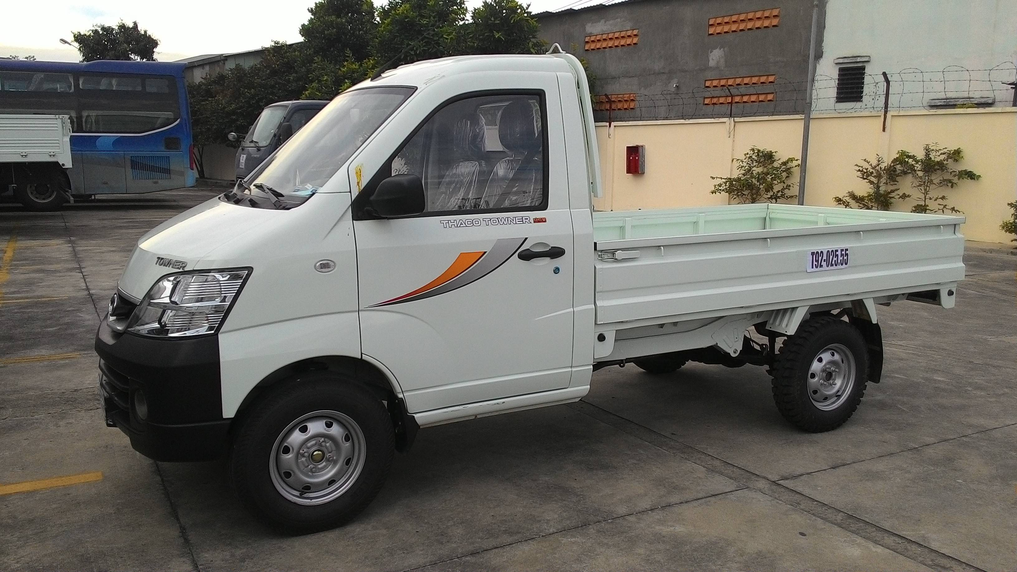 Xe tải Thaco Towner 950kg